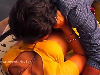 Hot desi shortfilm 369 - Boobs pressed in yellow blouse, navel kiss, smooch