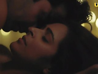 Madhurima Tuli Hot Scene (No Nudity)h