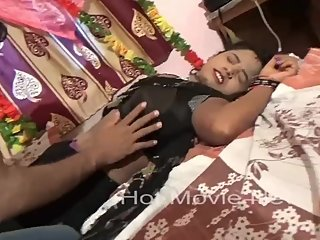 Hot desi shortfilm 56 - Boobs pressed & grabbed many times in blouse,smooch