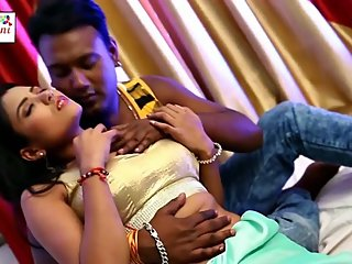 Hot bhojpuri song 79 - Boobs pressed & grabbed many times in blouse, smooch
