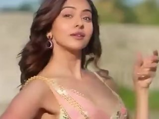 Indian actress rakul preet Singh hot boob shaking scene