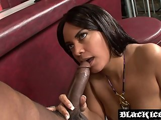 Naughty Ms Desire gets rammed by strangers bbc at a club