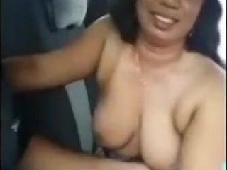 Big Boobs Bhabhi fun In nCar Boobs Pressing