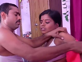 Hot desi shortfilm 117 - Aunty's boobs squeezed, kissed & pressed in bra