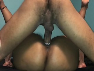 Desi pussy creams on dick and gets creampie