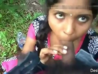 Indian sexy teen girl fucking sex with lover outdoors