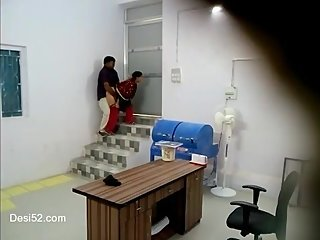 Desi housewife fucking by boss