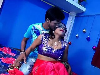 Very hot bhojpuri song 50 - Nibha Sharma boobs pressed, navel kiss, smooch