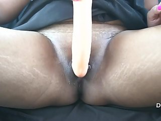 Desi Pari Indian Bhabhi Fucking By Dildo in Car