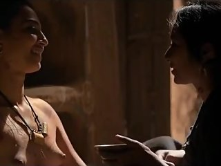 Radhika Apte hot scene from PARCHED