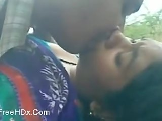 Indian Couple Outdoor sex with clear hindi audio